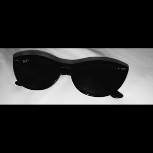 black ray bans brand new